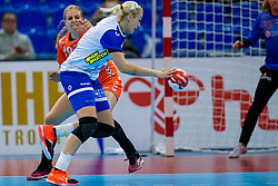 13-12-2019 JAP: Semi Final Netherlands - Russia, Kumamoto<br /> The Netherlands beat Russia in the semifinals 33-22 and qualify for the final on Sunday in Park Dome at 24th IHF Women's Handball World Championship / Danick Snelder #10 of Netherlands, Anna Sen #18 of Russia