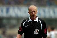 Photo: Alan Crowhurst.<br />Millwall v Plymouth Argyle. Coca Cola Championship. 15/04/2006. Referee Peter Walton.