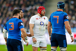 A bloodied England Flanker James Haskell looks on - Mandatory byline: Rogan Thomson/JMP - 19/03/2016 - RUGBY UNION - Stade de France - Paris, France - France v England - RBS 6 Nations 2016.