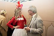 Prinses Laurentien en bekende nederlanders voeren op Valentijnsdag echte gesprekken op station Utrecht Centraal als onderdeel van de actie #echtcontact.<br /> <br /> Op de foto:  Roger van Boxtel, President-Directeur van NS
