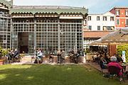 Venice, Biennale Architettura: aperitivo ai Giardini