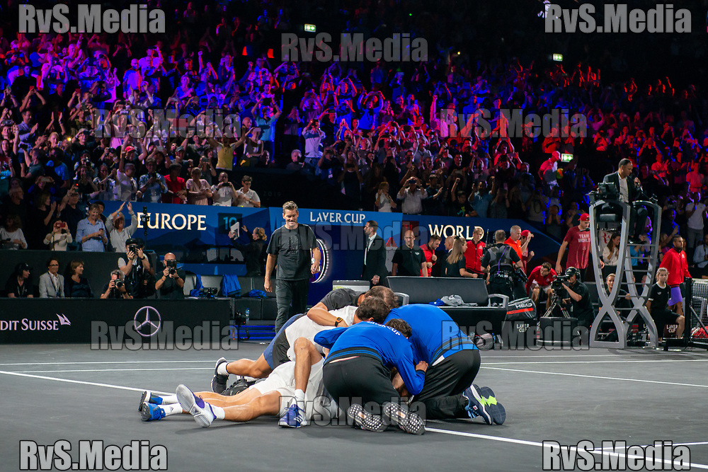 GENEVA, SWITZERLAND - SEPTEMBER 22: Alexander Zverev of Team Europe celebrates the win with his teammates during Day 3 of the Laver Cup 2019 at Palexpo on September 20, 2019 in Geneva, Switzerland. The Laver Cup will see six players from the rest of the World competing against their counterparts from Europe. Team World is captained by John McEnroe and Team Europe is captained by Bjorn Borg. The tournament runs from September 20-22. (Photo by Robert Hradil/RvS.Media)