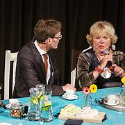 NLD/Amsterdam/20181203 - Hommage aan Tineke de Nooy, tineke met Hans Schiffers