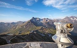 THEMENBILD - ein Fernroh auf der Edelweissspitze, ein schöner Aussichtspunkt auf der Grossglockner Hochalpenstrasse. Diese verbindet die beiden Bundeslaender Salzburg und Kaernten mit einer Laenge von 48 Kilometer und ist als Erlebnisstrasse vorrangig von touristischer Bedeutung, aufgenommen am 06. August 2018 in Fusch an der Glocknerstrasse, Österreich //a telescope on the Edelweissspitze, a beautiful vantage point on the Grossglockner High Alpine Road. The Grossglockner High Alpine Road connects the two provinces of Salzburg and Carinthia with a length of 48 km and is as an adventure road priority of tourist interest, Fusch an der Glocknerstrasse, Austria on 2018/08/06. EXPA Pictures © 2018, PhotoCredit: EXPA/ Stefanie Oberhauser