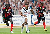Fotball<br /> Frankrike<br /> Foto: DPPI/Digitalsport<br /> NORWAY ONLY<br /> <br /> FOOTBALL - FRENCH CHAMPIONSHIP 2009/2010  - L1 - US BOULOGNE v GIRONDINS BORDEAUX - 19/09/2009 <br /> <br /> DAVID BELLION (BORDEAUX) AND ZARGO TOURE (BOULOGNE)   AND OLUBAYO ADEFEMI (BOULOGNE)