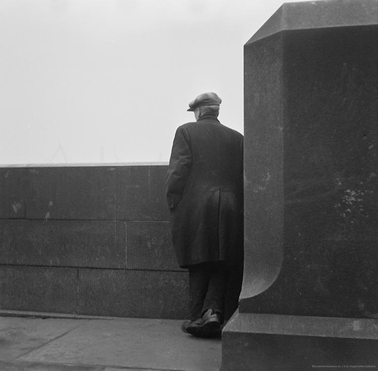 Unemployed, London, 1935