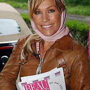 NLD/Vierhouten/20050530 - Society vrouwen rijden de BeauMonde Rally 2005, Tanja Jess