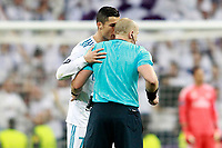 Real Madrid's Cristiano Ronaldo speaks with Polish referee Szymon Marciniak during Champions League Group H match 3. October 17,2017. (ALTERPHOTOS/Acero)