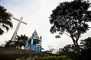 Muniz Freire_ES, Brasil...Morro do Cruzeiro com a capela Nossa Senhora das Dores no alto...Morro do Cruzeiro with the Lady of Sorrows  chapel in the top...Foto: LEO DRUMOND / NITRO