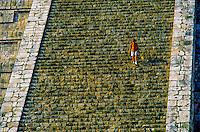 El Castillo (The Castle, a.k.a. Pyramid of Kululcan), Chichen Itza archaeological site, Yucatan, Mexico
