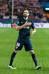 13.04.2016, Estadio Vicente Calderon, Madrid, ESP, UEFA CL, Atletico Madrid vs FC Barcelona, Viertelfinale, Rueckspiel, im Bild Atletico de Madrid's Juanfran celebrating the victory // during the UEFA Champions League Quaterfinal, 2nd Leg match between Atletico Madrid and FC Barcelona at the Estadio Vicente Calderon in Madrid, Spain on 2016/04/13. EXPA Pictures © 2016, PhotoCredit: EXPA/ Alterphotos/ BorjaB.Hojas<br /> <br /> *****ATTENTION - OUT of ESP, SUI*****
