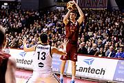 DESCRIZIONE : Venezia Lega A 2014-15 Umana Venezia Granarolo Bologna<br /> GIOCATORE : Jeff Viggiano<br /> CATEGORIA : tiro three points<br /> SQUADRA : Umana Venezia<br /> EVENTO : Campionato Lega A 2014-2015<br /> GARA : Umana Venezia Granarolo Bologna<br /> DATA : 08/03/2015<br /> SPORT : Pallacanestro <br /> AUTORE : Agenzia Ciamillo-Castoria/M.Marchi<br /> Galleria : Lega Basket A 2014-2015 <br /> Fotonotizia : Venezia Lega A 2014-15 Umana Venezia Granarolo Bologna