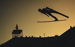 29.09.2018, Energie AG Skisprung Arena, Hinzenbach, AUT, FIS Ski Sprung, Sommer Grand Prix, Hinzenbach, im Bild Dawid Kubacki (POL) // Dawid Kubacki of Poland during FIS Ski Jumping Summer Grand Prix at the Energie AG Skisprung Arena, Hinzenbach, Austria on 2018/09/29. EXPA Pictures © 2018, PhotoCredit: EXPA/ JFK
