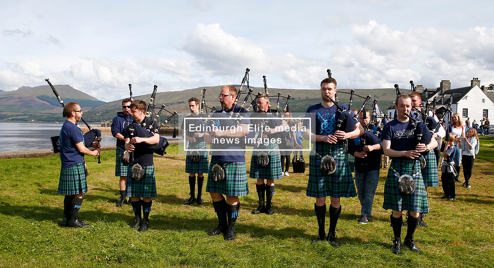 .An impromptu parade down Inveraray Main Street by some of the members of the newly crowned World Champions, Inveraray and District Pipe Band..... (c) Stephen Lawson | Edinburgh Elite media