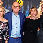 NLD/Amsterdam/20180205 - The Full Monty premiere, Ruud de Graaf en partner, Fred de Graaf en partner