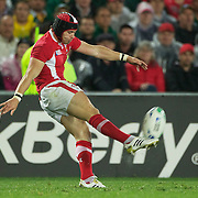 Leigh Halfpenny, Wales, in action during the Wales V France Semi Final match at the IRB Rugby World Cup tournament, Eden Park, Auckland, New Zealand, 15th October 2011. Photo Tim Clayton...