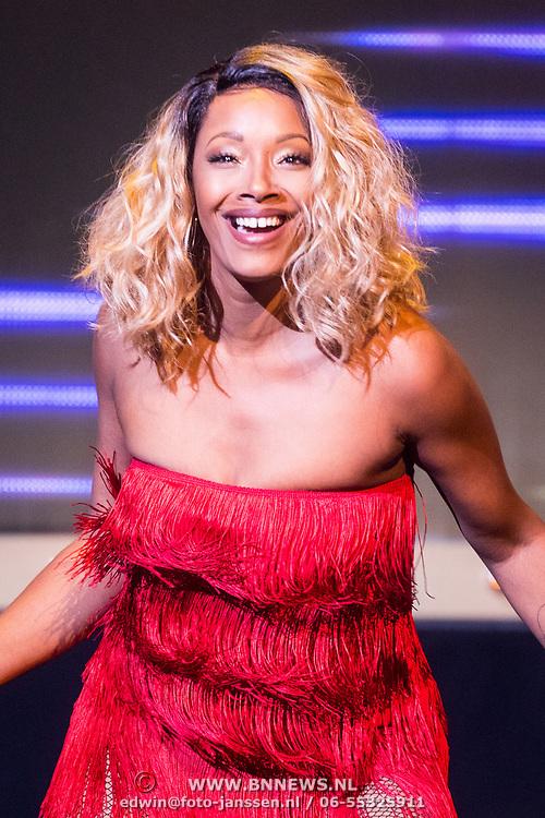NLD/Amsterdam/20171117 - Muziekfeest Let's Dance 2017, Pointer Sisters, Sadako Johnson