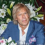 NLD/Leiden/20150603 - Patty Brard en Kees Tol dopen een naar hun vernoemde Lelie, Antoine de Vijver