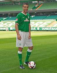 15.08.2013, Weserstadion, Bremen, GER, 1.FBL, Spielervorstellung und Pressekonferenz SV Werder Bremen, im Bild Franco Matías Di Santo / Franco Matias Di Santo (SV Werder Bremen #9) // during the player presentation and press conference of the German Bundesliga Club SV Werder Bremen at the Weserstadion, Bremen, Germany on 2013/08/15. EXPA Pictures © 2013, PhotoCredit EXPA Andreas Gumz <br /> <br /> ***** ATTENTION - OUT OF GER *****
