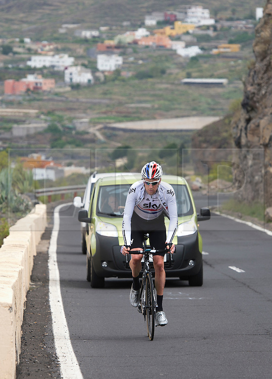 F.A.O Lisa McCLean Daily Telegraph picture desk. ©Ben Cawthra. 19/05/2012. Tenerife, Spain. Three time Olympic gold medalist, cyclist Bradley Wiggins training on the roads surrounding the volcanic island of Tenerife in Spain with coaching team following behind. Photo credit: Ben Cawthra