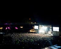 """Jugendfest 2012.<br /> Bilder fra Jugendfest 2012 i Ålesund fotografert med storformatskamera og Kodak Portra 4x5"""" film. Her er det Avicii som står på scenen.<br /> Foto: Svein Ove Ekornesvåg"""