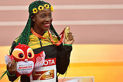 25-08-2015 CHN: IAAF World Championships Athletics day 4, Beijing<br /> Winner Shelly-Ann Frase-Pryce (JAM)  celebrates at 100 m Women medal ceremony. <br /> Photo by Ronald Hoogendoorn / Sportida