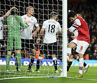 Football - Premier League - Arsenal v Fulham<br />Mikel Arteta kicks the goal post after missing last minute penalty