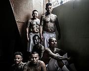 Centro Penal de Apanteos en Sant Ana. El Salvador.<br /> Presos en el Sector 1.<br /> Retrato de Pandilleros de la Mara MS