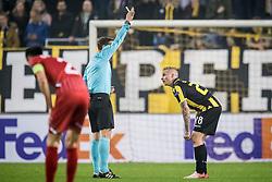 (L-R) referee Yevhen Aranovskiy, Alexander Buttner of Vitesse first yellow card during the UEFA Europa League group K match between Vitesse Arnhem and sv Zulte Waregem at Gelredome on November 02, 2017 in Arnhem, The Netherlands
