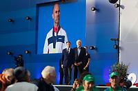 Friidrett<br /> EM Europamesterskapet 2016<br /> Amsterdam 06.07.216<br /> Foto: Eirik Førde / Digitalsport<br /> <br /> Trond Nymark - Norge<br /> Sebastian Coe / Svein Arne Hansen<br /> <br /> Syv år etter at Trond Nymark gikk i mål på 50 kilometer kappgang under VM i Berlin får han VM-gullet rundt halsen. Nymark tok sølvet bak russiske Sergej Kyrdjapkin som senere ble tatt for doping.