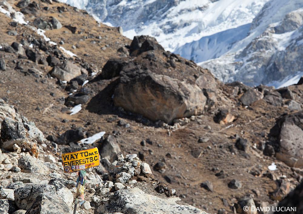 Way to Mount Everest Base Camp. Picture taken near Gorak Shep.