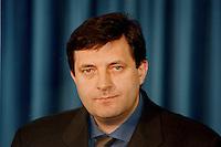 04 FEB 1998, BONN/GERMANY:<br /> Milorad Dodik, Ministerpräsident, Serbische Repubik, Staatsbesuch in Deutschland<br /> IMAGE: 19980204-01/01-04