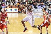 DESCRIZIONE : Roma Campionato Lega A 2013-14 Acea Virtus Roma Grissin Bon Reggio Emilia <br /> GIOCATORE :  Goss Phil<br /> CATEGORIA : equilibrio<br /> SQUADRA : Acea Virtus Roma<br /> EVENTO : Campionato Lega A 2013-2014<br /> GARA : Acea Virtus Roma Grissin Bon Reggio Emilia <br /> DATA : 22/12/2013<br /> SPORT : Pallacanestro<br /> AUTORE : Agenzia Ciamillo-Castoria/M.Simoni<br /> Galleria : Lega Basket A 2013-2014<br /> Fotonotizia : Roma Campionato Lega A 2013-14 Acea Virtus Roma Grissin Bon Reggio Emilia <br /> Predefinita :