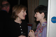 Flora Soros and Georgia Coleridge. andrew Roberts and Leonie Frieda celebrate the publication of Andrew's 'Waterloo: Napoleon's Last Gamble' and the paperback of Leonie's 'Catherine de Medic'i. English-Speaking Union, Dartmouth House. London. 8 February 2005. ONE TIME USE ONLY - DO NOT ARCHIVE  © Copyright Photograph by Dafydd Jones 66 Stockwell Park Rd. London SW9 0DA Tel 020 7733 0108 www.dafjones.com