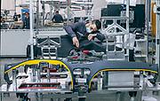Tolentino, Poltrone Frau, creazione della plancia delle Ferraridagli artigiani di  Poltrone Frau