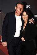 Caroline Link mit Oliver Masucci auf dem Roten Teppich anlässlich der Verleihung des 41. Bayerischen Filmpreises 2019 am 17.01.2020 im Prinzregententheater München.