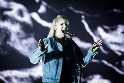 Hannah Reid from London Grammar performs live at Bestival 2018 Lulworth Castle - Wareham. Picture date: Saturday 4th August 2018. Photo credit should read: David Jensen/EMPICS Entertainment