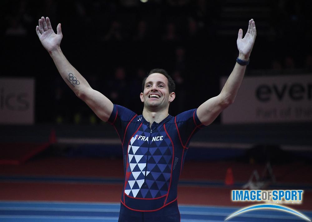 Mar 4, 2018; Birmingham, United Kingdom; Renaud Lavillenie (FRA) celebrates after winning the pole vault at 19-4 1/4 (5.90m)  during the IAAF World Indoor Championships at Arena Birmingham.
