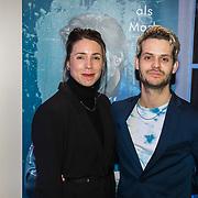 NLD/Den Haag/20190305 - Inloop premiere Art, Kiki van Deursen en Alex Hendriks