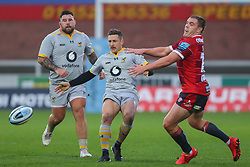 Jimmy Gopperth of Wasps puts in a grubber kick - Mandatory by-line: Nick Browning/JMP - 28/11/2020 - RUGBY - Kingsholm - Gloucester, England - Gloucester Rugby v Wasps - Gallagher Premiership Rugby