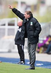 Hibernian's manager Alan Stubbs. <br /> Falkirk 0 v 3 Hibernian, Scottish Championship game played at The Falkirk Stadium 2/5/2015.