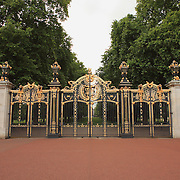 The Mall Gates - Green Park - Westminster, UK