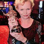 NLD/Amsterdam/20110328 - Uitreking Rembrandt Awards 2011, Rene Soutendijk met de Rembrandt Ouvre prijs