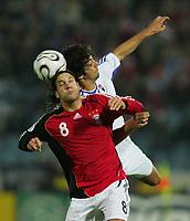 Fotball<br /> EM-kvalifisering<br /> Slovakia v Tyskland 1-4<br /> 11.10.2006<br /> Foto: Witters/Digitalsport<br /> NORWAY ONLY<br /> <br /> v.l. Torsten Frings Deutschland, Jan Kozak <br /> EM-Qualifikation Slowakei - Deutschland 1:4