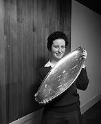 Seafood Cook in Rosslare 07/05/1976.05/07/1976.7th May 1976.Photograph of Miss Yvonne Cooney, Dominican Convent, Muckross, Park Dublin the winner with the trophy.
