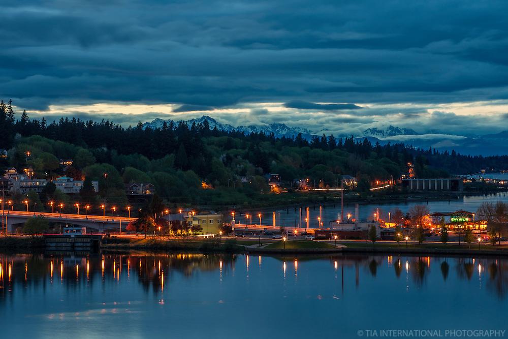 Capitol Lake, 5th Avenue Bridge & West Bay