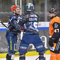 Torjuebl bei Wayne Simpson (Nr.21 - ERC Ingolstadt) und Mike Collins (Nr.13 - ERC Ingolstadt) nach dem 2:0, Wade Bergman (Nr.47 - Grizzlys Wolfsburg) mit hängendem Kopf, ERC Ingolstadt gegen Grizzlys Wolfsburg am 08.03.2020 in Ingolstadt,<br /> Foto: Johannes TRAUB / JT-Presse.de beim Spiel in der DEL, ERC Ingolstadt (dunkel) - Grizzlys Wolfsburg (hell).<br /> <br /> Foto © PIX-Sportfotos *** Foto ist honorarpflichtig! *** Auf Anfrage in hoeherer Qualitaet/Aufloesung. Belegexemplar erbeten. Veroeffentlichung ausschliesslich fuer journalistisch-publizistische Zwecke. For editorial use only.