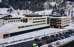 THEMENBILD - Aussenansicht des Tauern Klinikum Zell am See im Winter, aufgenommen am 27. Januar 2019 in Zell am See, Oesterreich // Exterior view of the Tauernklinikum in Zell am See, Austria on 2019/01/27. EXPA Pictures © 2019, PhotoCredit: EXPA/ JFK