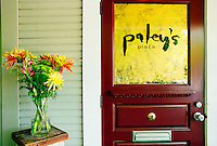 One of Portland's best restaurants. Paley's Place offers Pacific Northwest regional cuisine, served in the warm and inviting setting of a Victorian home.