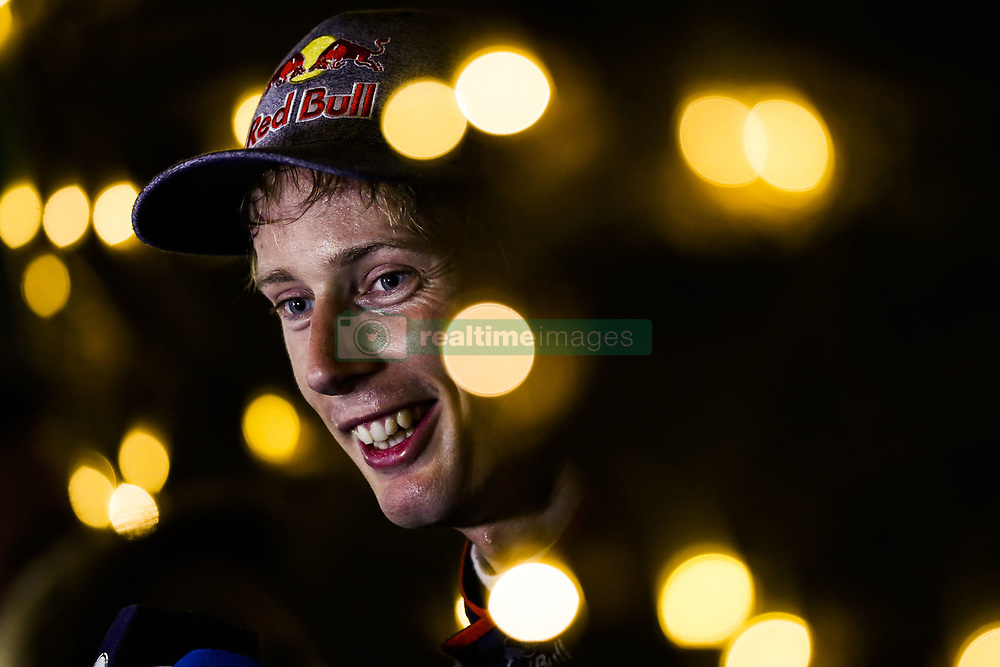 April 7, 2018 - Sakhir, Bahrain - HARTLEY Brendon (nzl), Scuderia Toro Rosso Honda STR13, portrait during 2018 Formula 1 FIA world championship, Bahrain Grand Prix, at Sakhir from April 5 to 8  (Credit Image: © Hoch Zwei via ZUMA Wire)